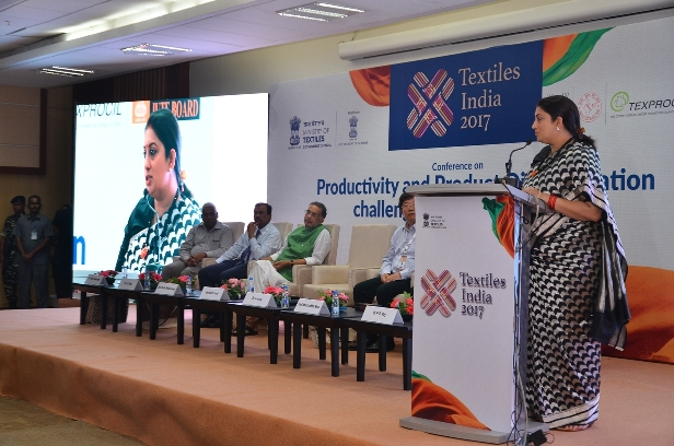 Smt. Smriti Zubin Irani Honble Minister of Textiles deliberating at the International Conference on